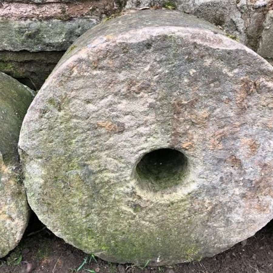 ANTIQUE YORKSHIRE SAND STONE MILL WHEEL