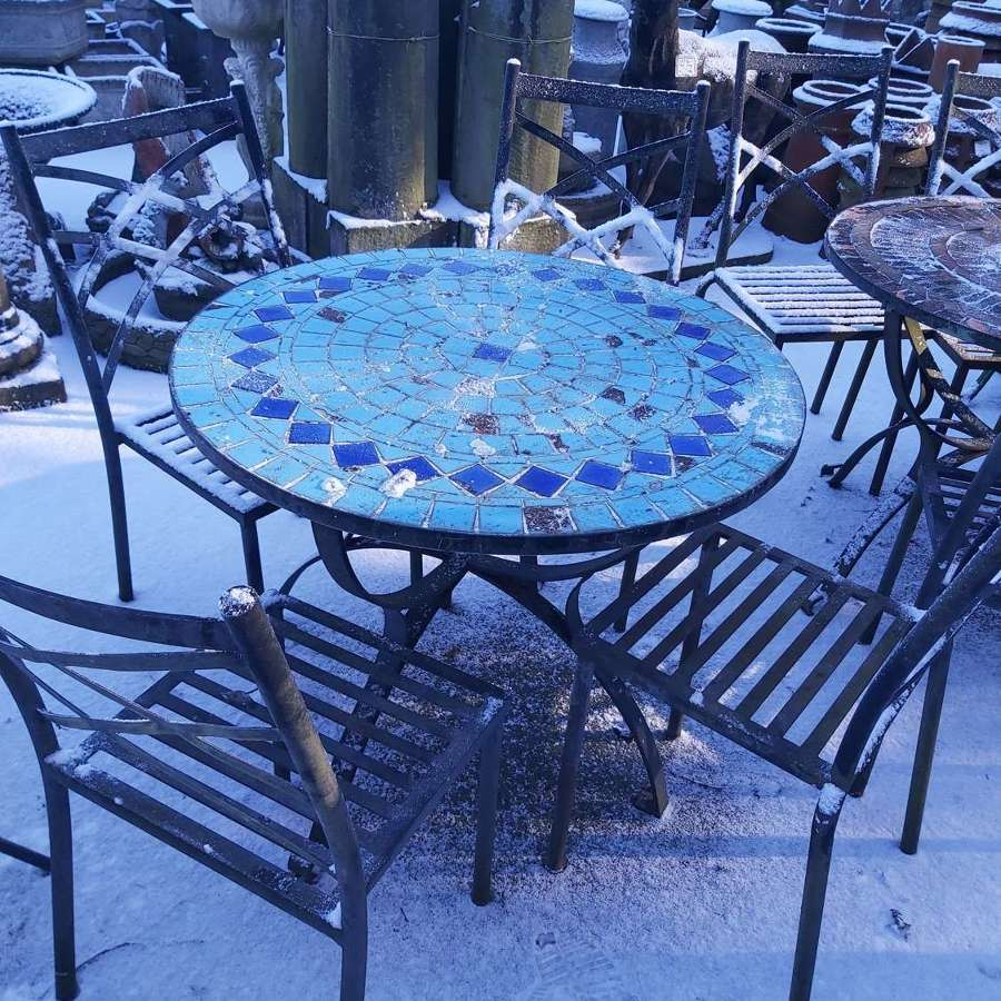 BLUE MOSAIC TABLE AND 4 CHAIRS